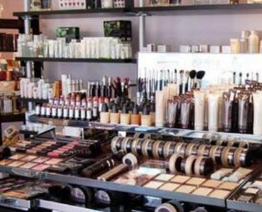 【开个化妆品店需要多少钱】开化妆品店需要多少钱?
