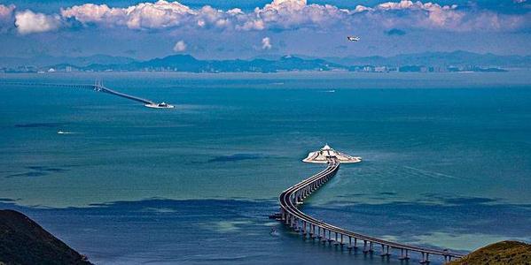 港珠澳大桥观后感4篇